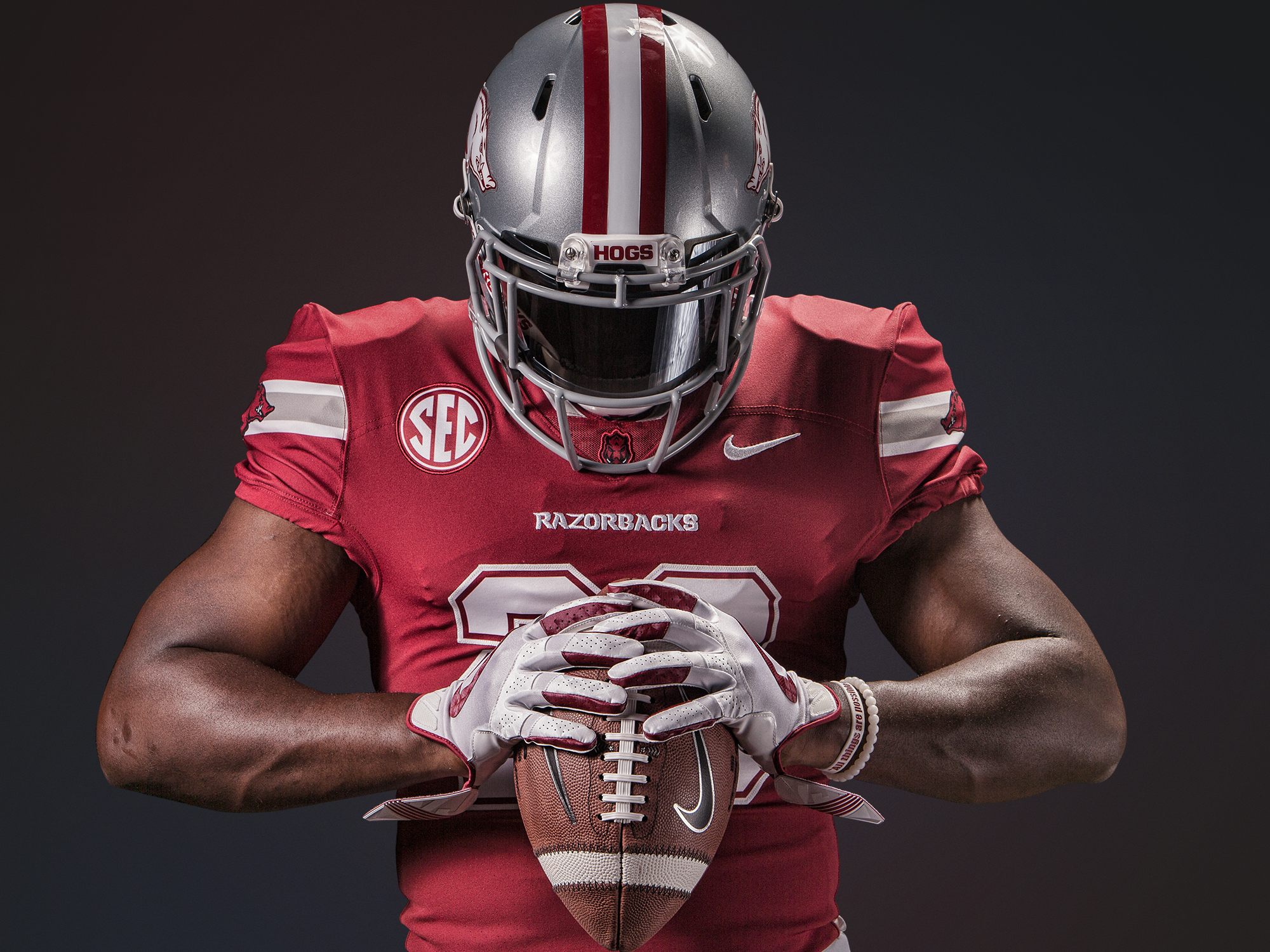 Razorback uniforms for Texas A&M game - full front (Arkansas Athletics)full-front.png