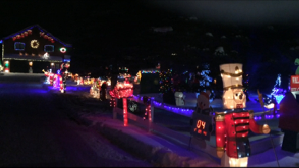 outside of dale and sandra hermans home where they have a gigantic christmas light display courtesyupnorthlivecom - Christmas Light Show Michigan