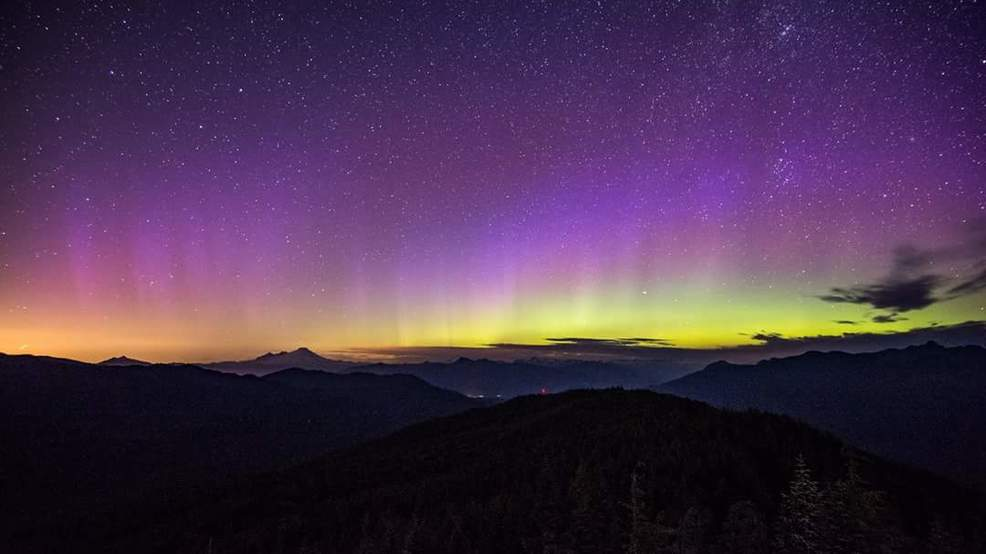 Photos: Northern Lights dance over Northwest skies