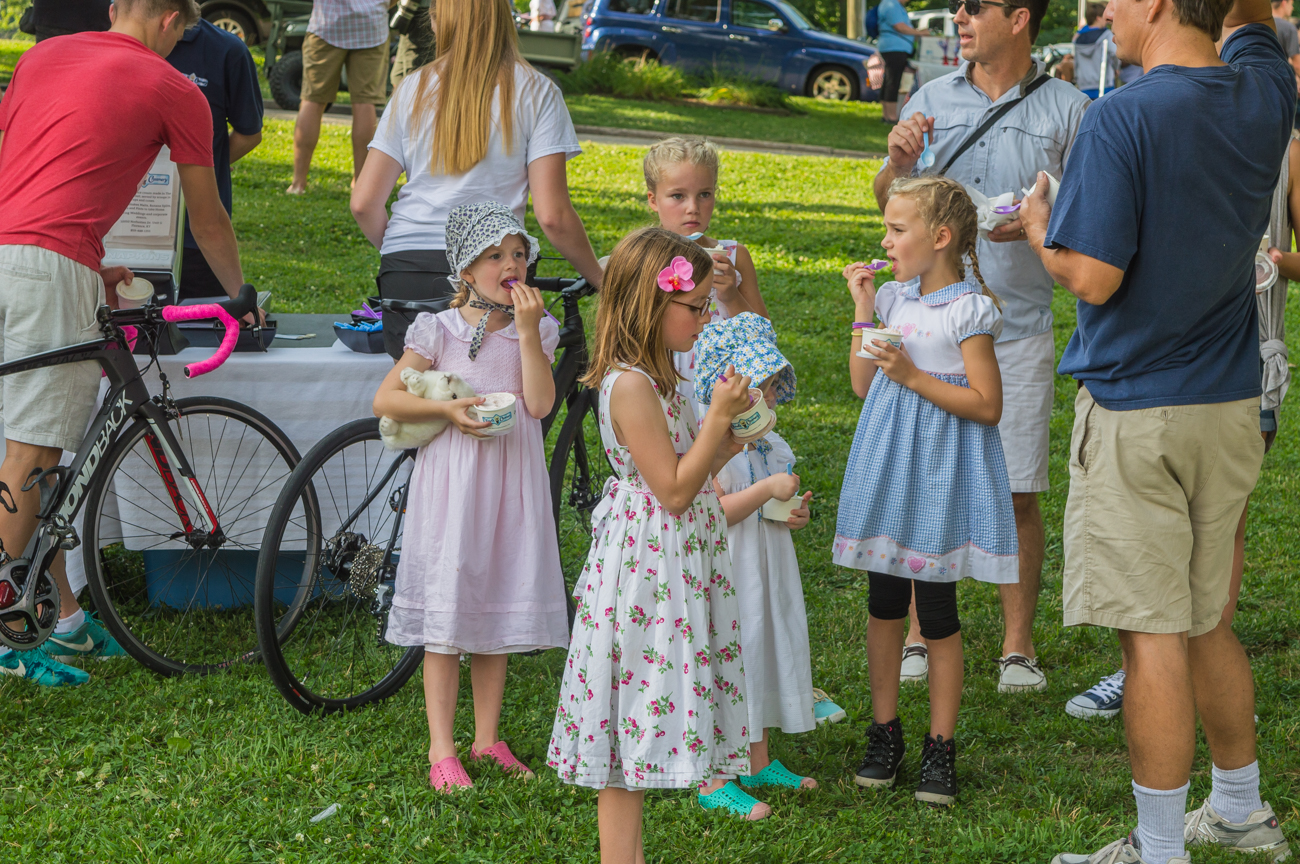 The first annual Seersucker Ride commemorated the 150th birthday of Fort Thomas with a bike ride through the northern Kentucky city in semi-formal attire. Food and drinks were provided by several food trucks parked at Tower Park. / Image: Mike Menke // Published: 7.4.17