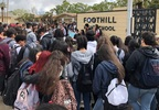 Foothill HS student walkouts against gun violence 14 March 2018.jpg