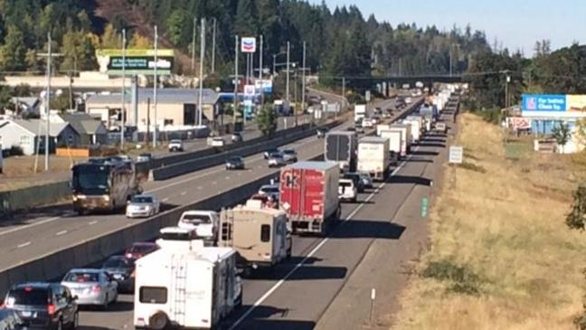 Crash disrupts traffic on I-5 south of junction with Hwy 126