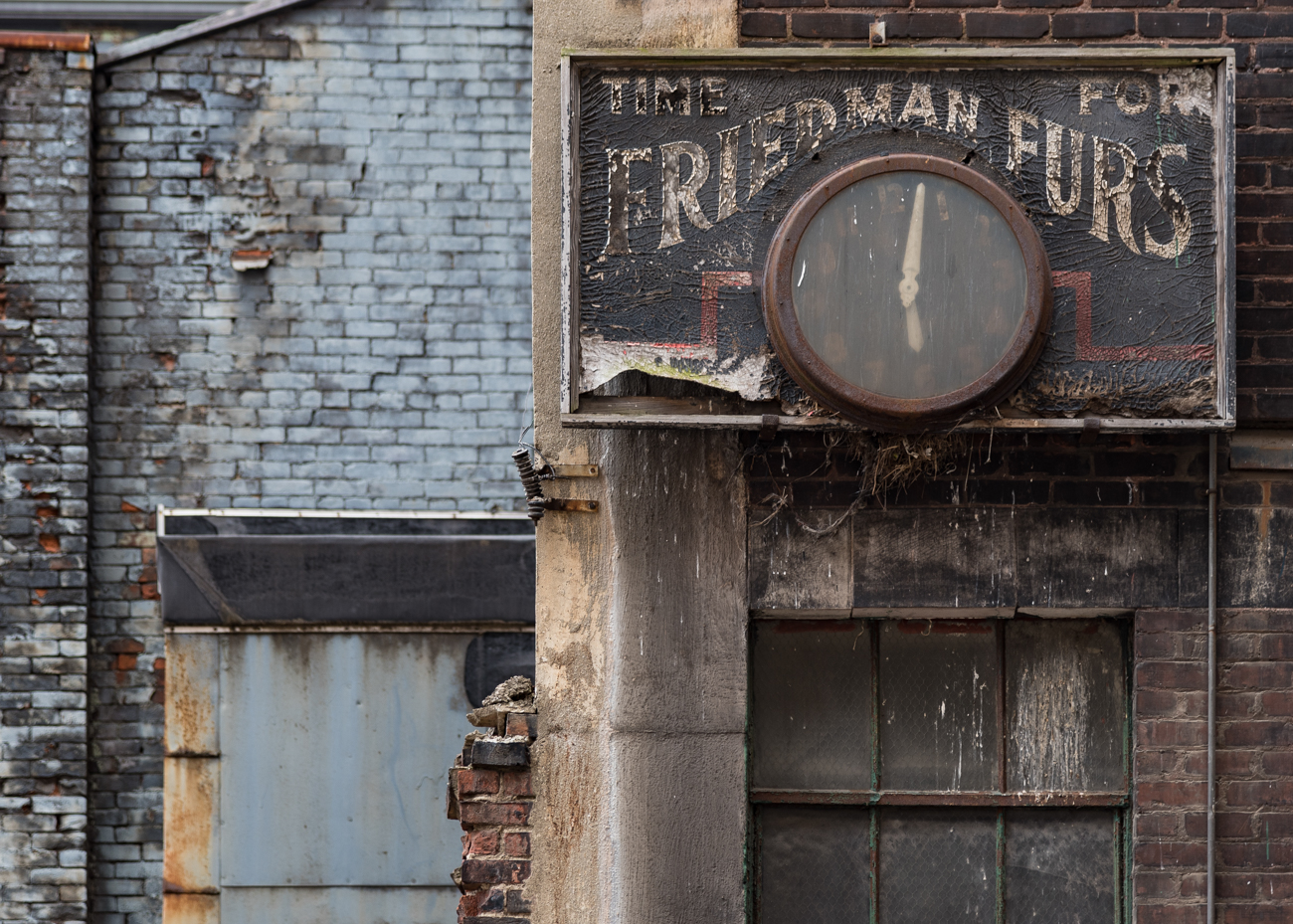 SIGN: Friedman Furs / ADDRESS: Oneida Alley, Cincinnati 45202 // Image: Phil Armstrong, Cincinnati Refined // Published: 2.18.17