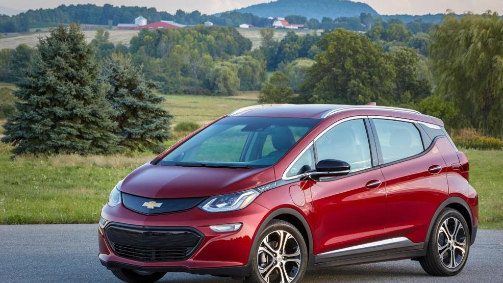 Federal Tax Credit On Gm Plug In Hybrid And Ev Models Drops By Half Monday