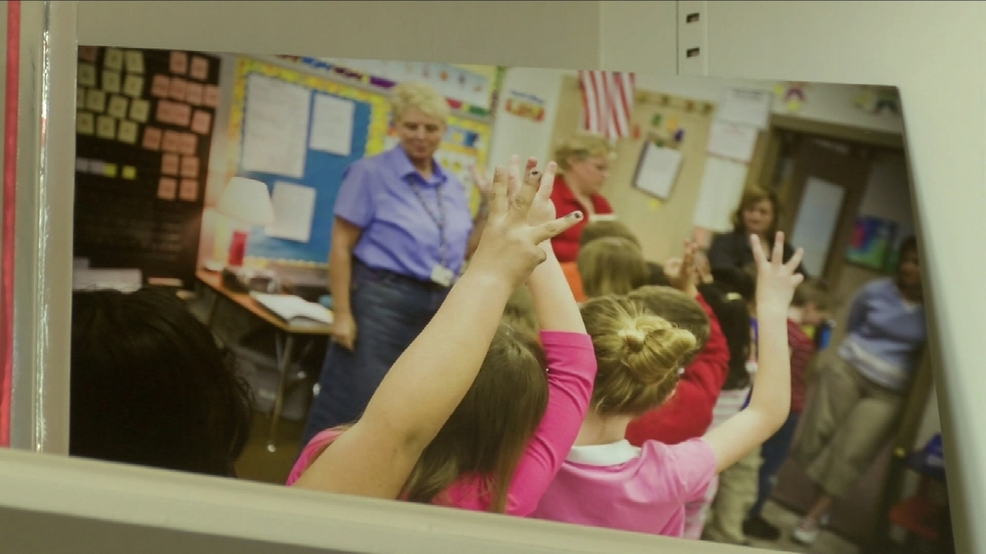 oregon should adopt a universal preschool program Georgia created the first statewide universal preschool program for four- year-olds in 1993, and oklahoma, new york, and west virginia have moved in a similar direction in 2002, florida voters adopted a constitutional amendment requiring the state to provide free.