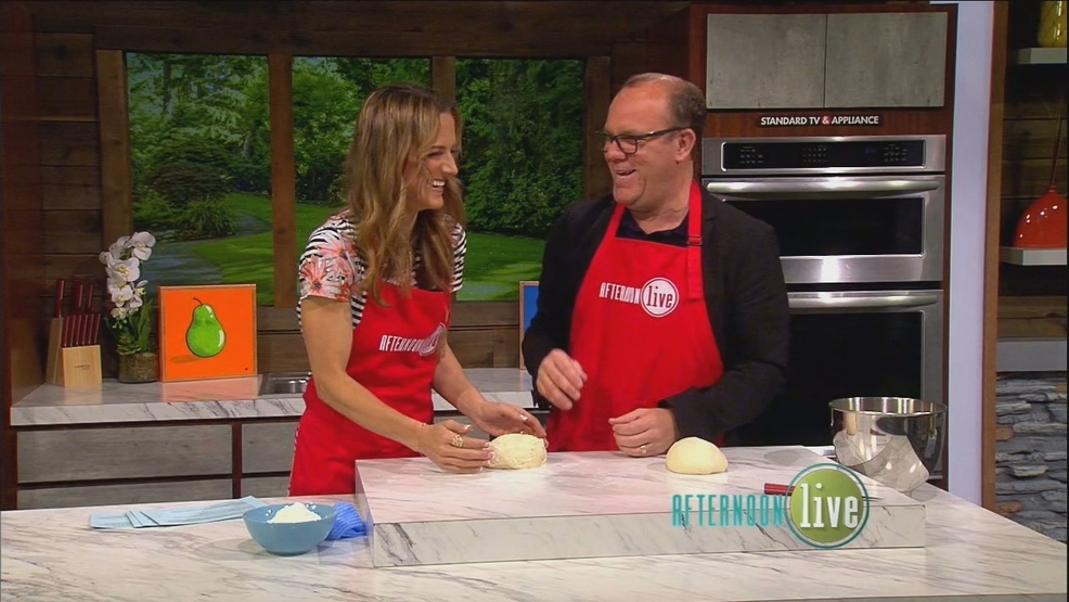 Comedian & Author Tom Papa Bakes!