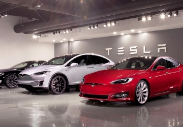Tesla engineer alleges 'culture of discrimination' against women