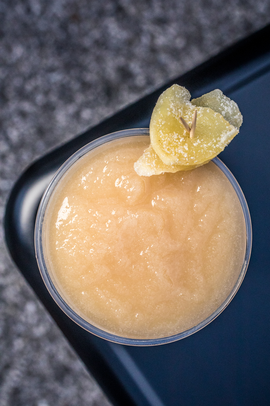 Penichillin: Dewar's whisky, ginger, lemon, honey, and an Islay float served frozen / Image: Catherine Viox{ }// Published: 8.3.20