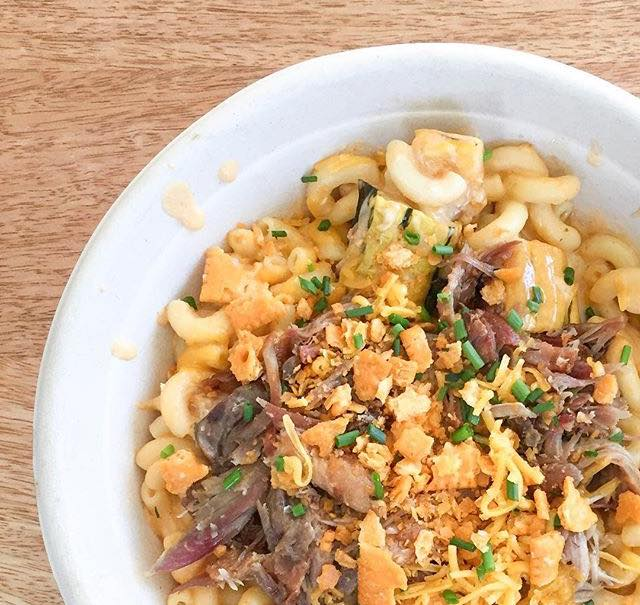 Classic Mac with Local Duck Confit at CapMac (Photo credit: CapMac)<p></p>