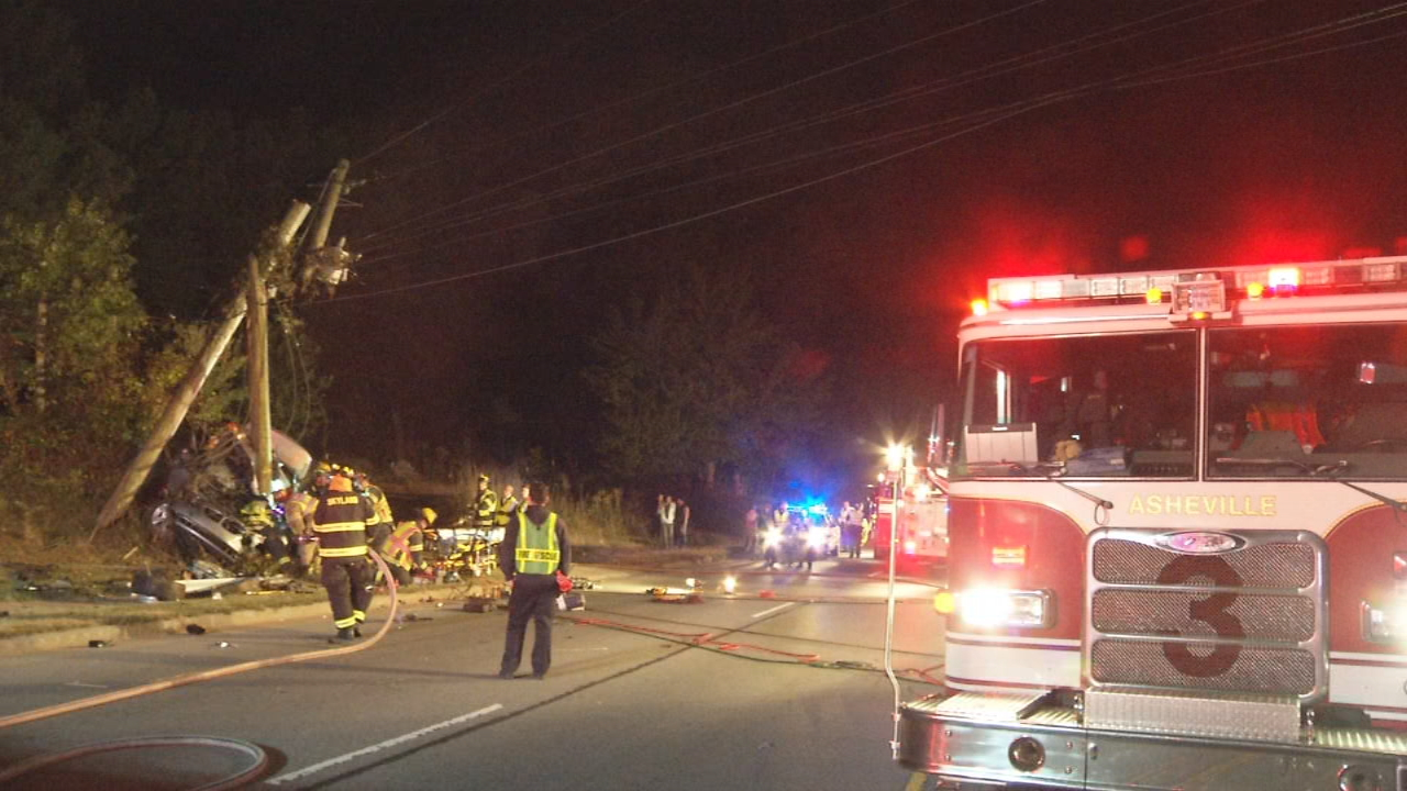 Two people were involved in a serious crash on Long Shoals Road in Arden Sunday night in front of the Forest at Biltmore Park Apartments. (Photo credit: WLOS Staff)