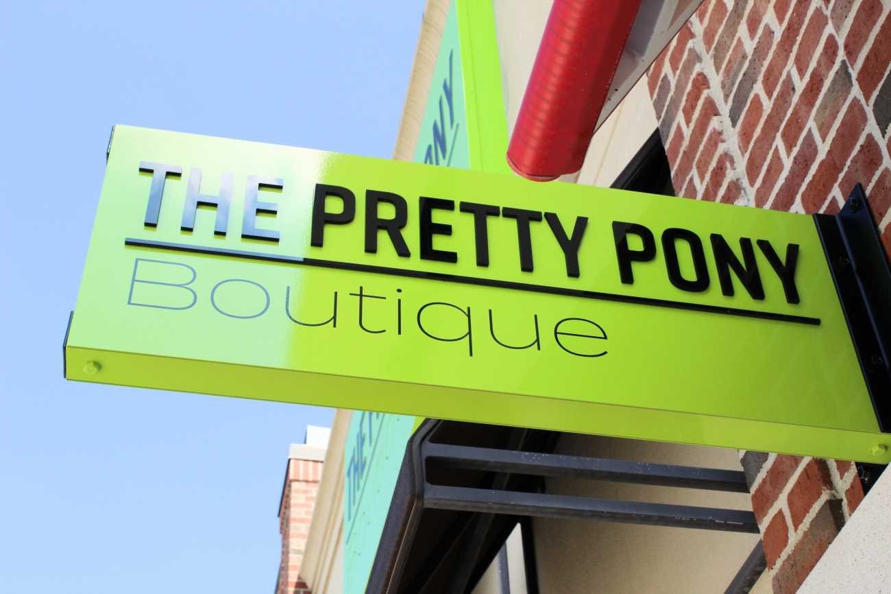 You can find The Pretty Pony Boutique in the Crestview Hills Town Center.{ }/ Image: Katie Robinson, Cincinnati Refined  // Published: 9.26.18
