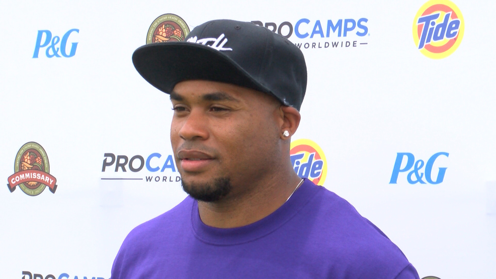 Former NFL WR Steve Smith hosts camp on Robins AFB