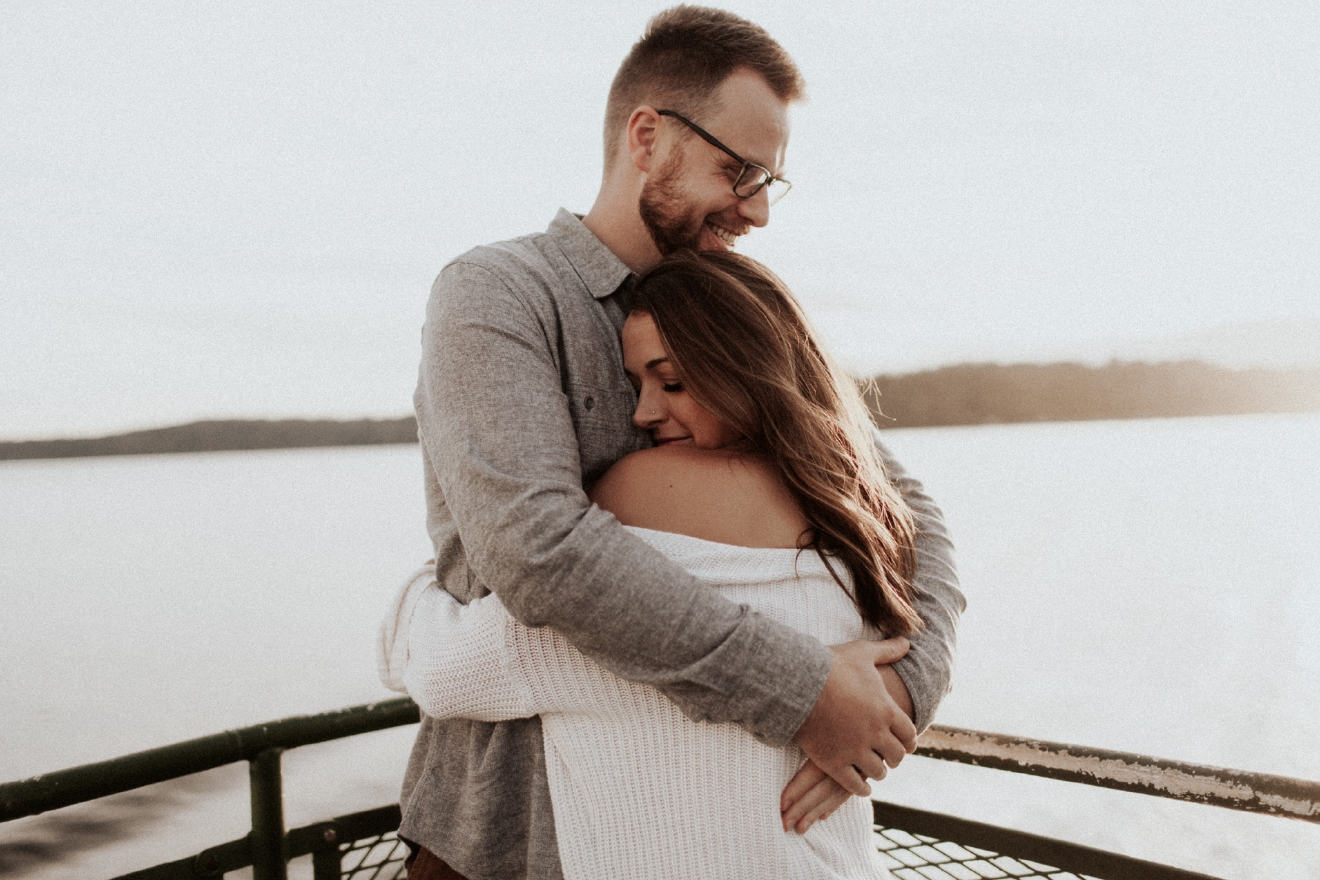 Caileigh and Matthew are living and loving life as an engaged couple in Seattle. (Image: Alexandra Celia)