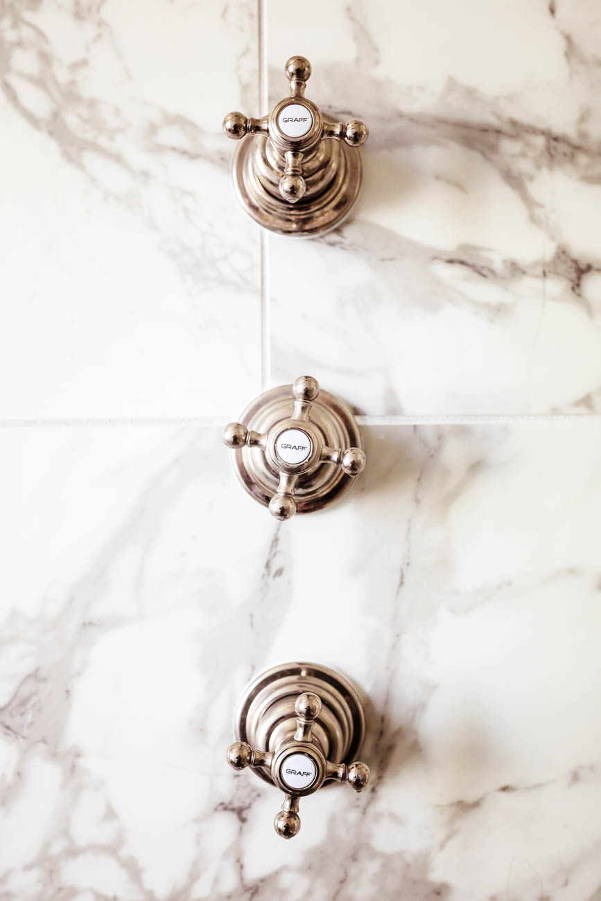 The master bathroom in the Dunki-Jacobs home in Master bathroom / Image: Amy Elisabeth Spasoff // Published: 3.13.18. / Image: Amy Elisabeth Spasoff // Published: