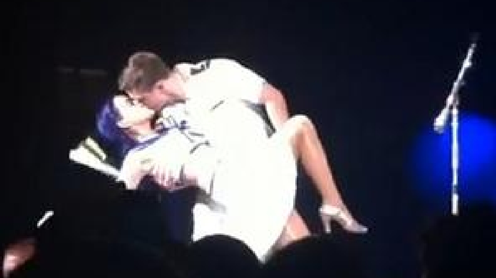 katy perry french kiss video pop star kisses midshipman. Black Bedroom Furniture Sets. Home Design Ideas