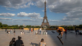 No Eiffel Tower, Mona Lisa or Versailles: Iconic sites stay closed