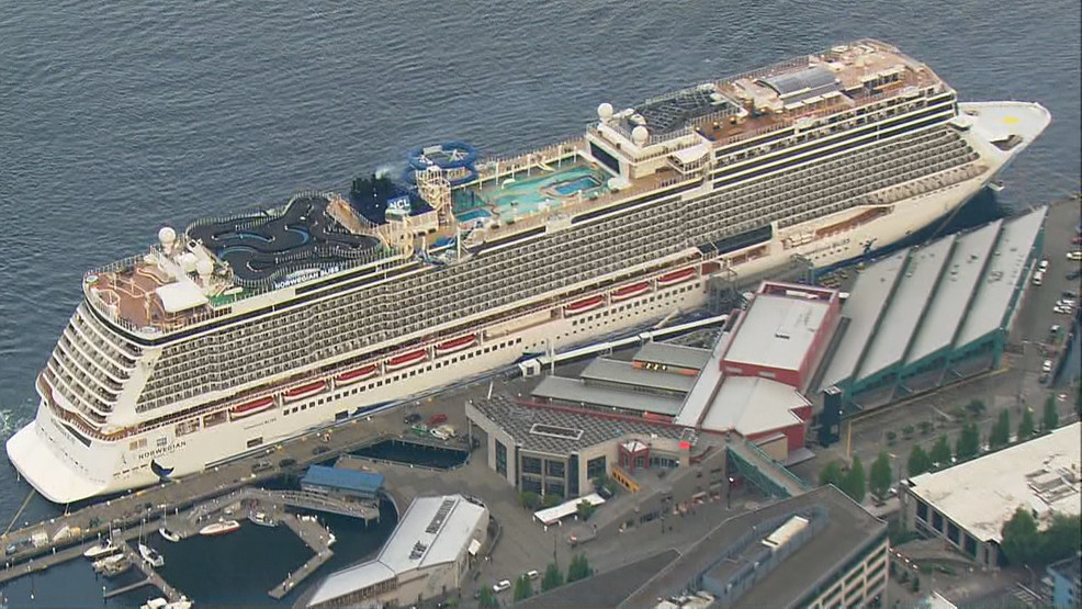 West Coast S Largest Homeported Cruise Ship Arrives In