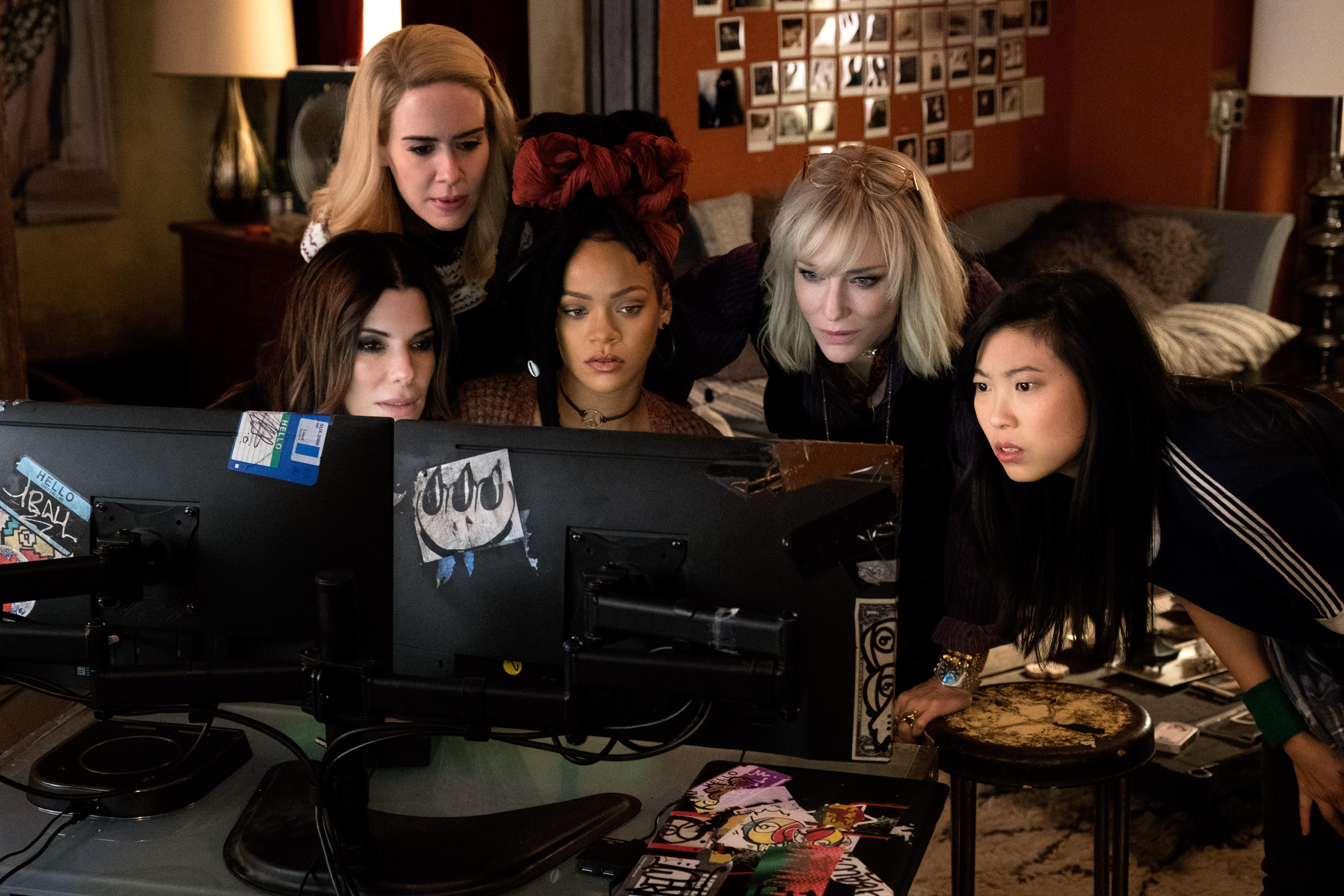 "(L-R) SANDRA BULLOCK as Debbie Ocean, SARAH PAULSON as Tammy, RIHANNA as Nine Ball, CATE BLANCHETT as Lou and AWKWAFINA as Constance in Warner Bros. Pictures' and Village Roadshow Pictures' ""OCEANS 8,"" a Warner Bros. Pictures release.{ }(Photo: Barry Wetch / Warner Bros.)"
