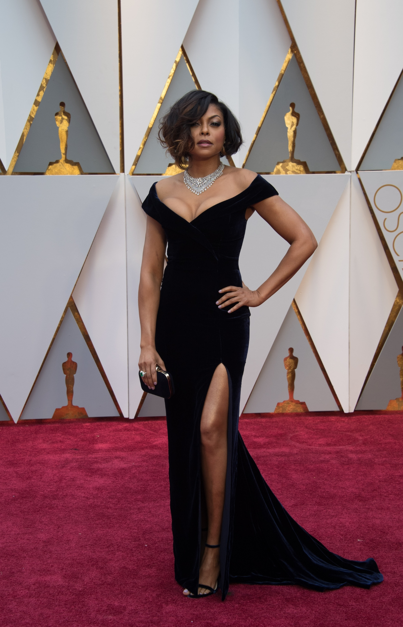 #1: Taraji P. Henson. It's vampy. It's Cookie. It's amazing. Perfectly paired with that necklace, a borderline demure slit - and Taraji takes our #1 spot of the night. (Image: AMPAS)