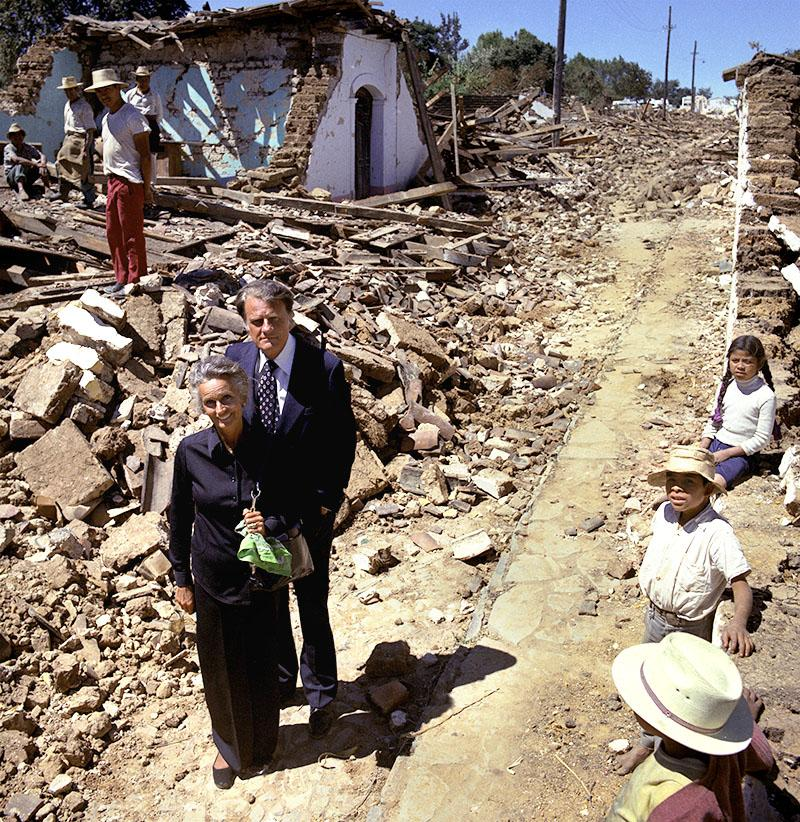 In 1976, Ruth accompanied her husband to Guatemala, where a 7.5 earthquake killed 12,000 and rendered a million people homeless. The Billy Graham Evangelistic Association chartered jets to deliver food and medical supplies. (Photo: Billy Graham Evangelistic Association)