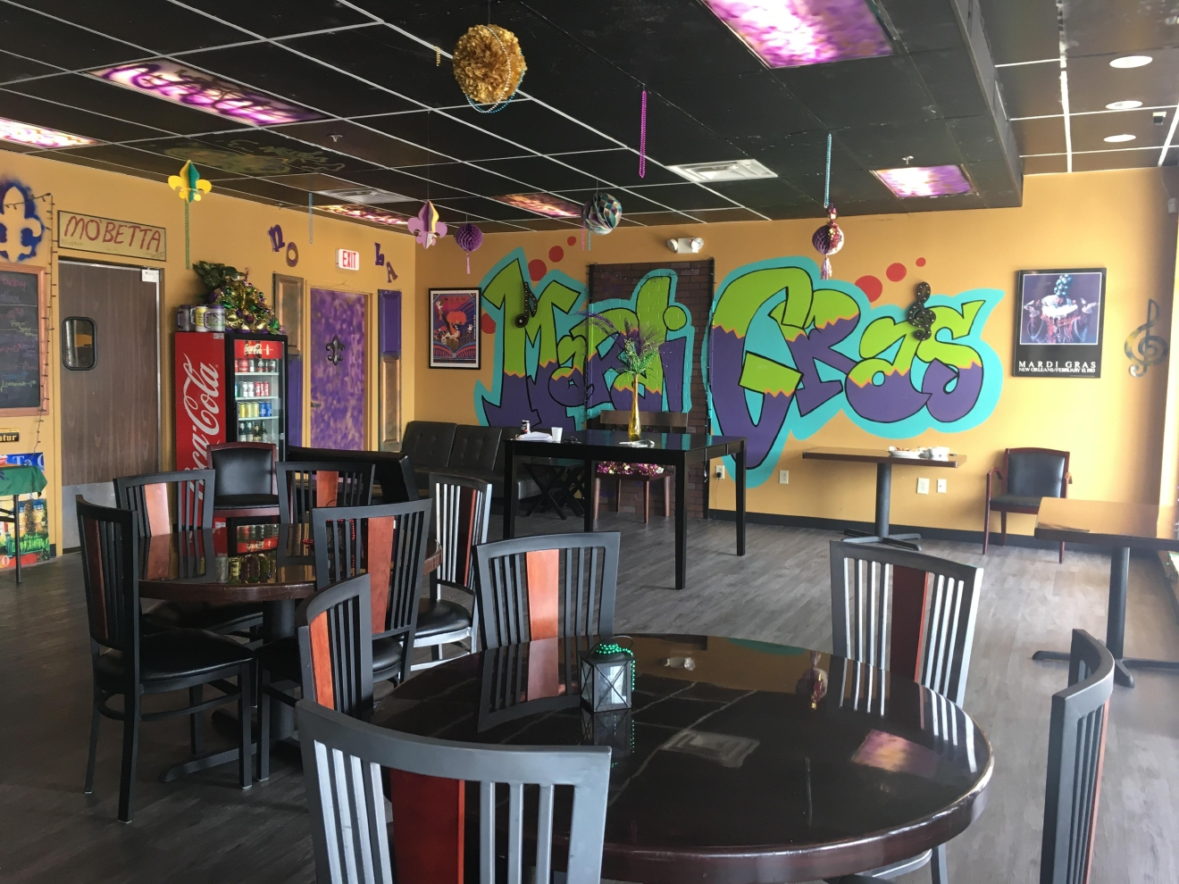 PLACE: Mardi Gras on Madison / FOR: Dinner / ADDRESS: 1524 Madison Road, Cincinnati, OH 45206 / Image: Delaney French // Published: 4.4.17