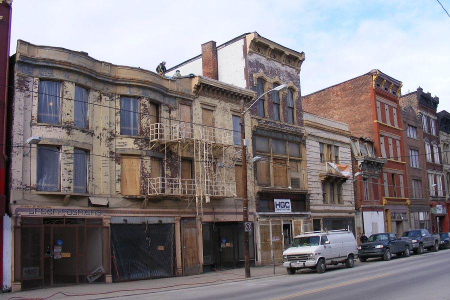 PARVIS LOFTS (Before) / ADDRESS: 1401-1423 Vine Street (45202) / CREDIT: $1,065,000 / PREVIOUSLY: Vacant buildings / Image courtesy of the Ohio Department of Taxation, CC by 2.0, with changes