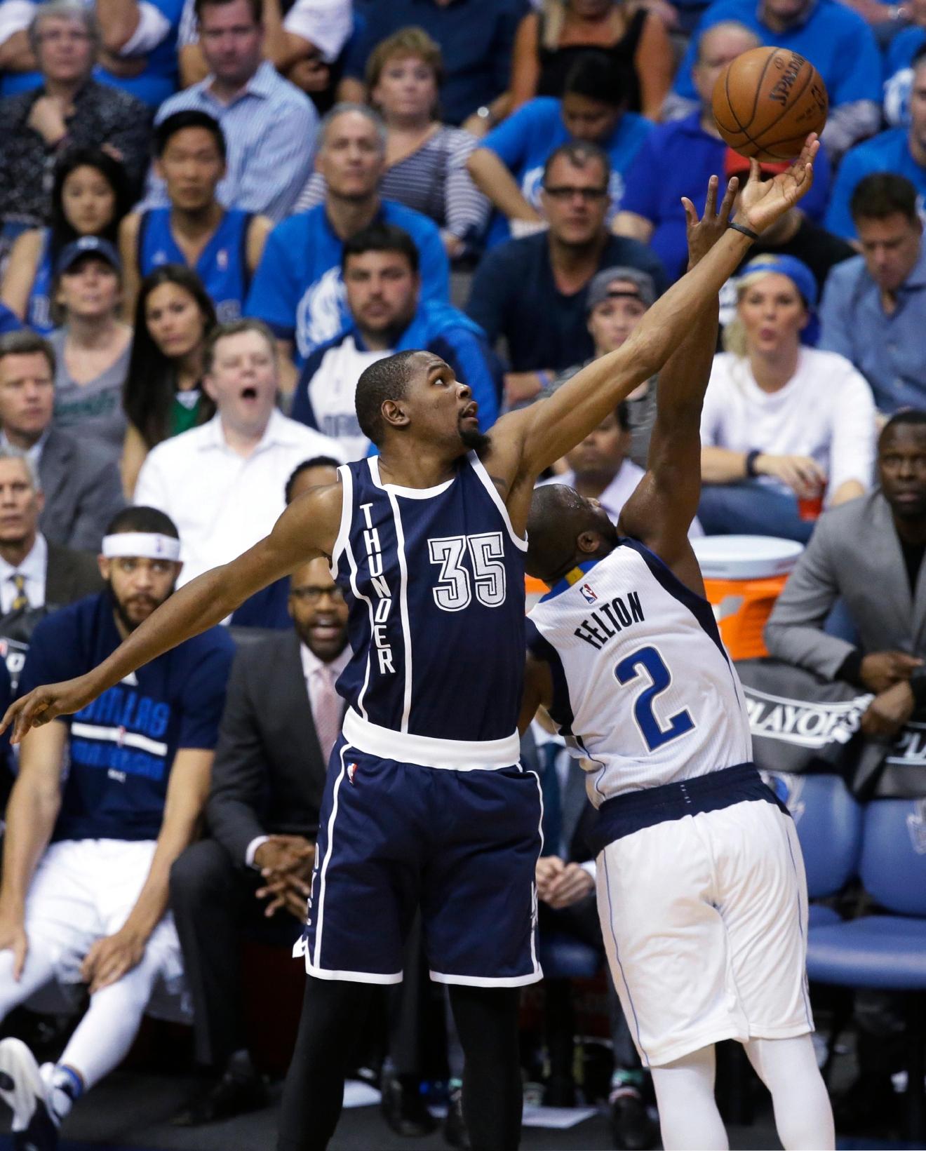 Color game ray otero - Oklahoma City Thunder Forward Kevin Durant 35 Reaches For The Ball Against Dallas Mavericks