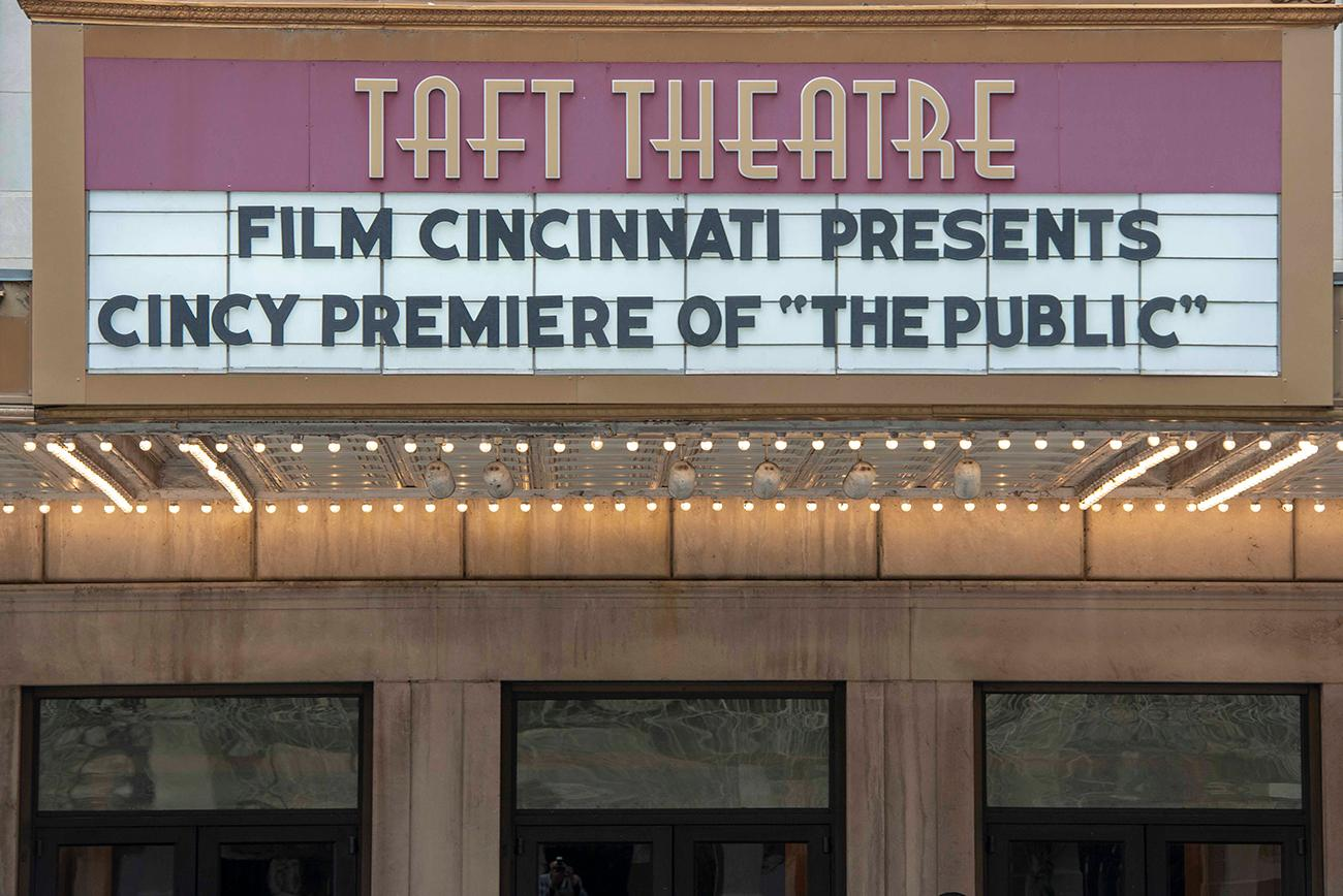 'The Public' had its Cincinnati premiere on Friday, March 29, 2019 at the Taft Theatre. The film was written and directed by Emilio Estevez and was shot in prominent Cincinnati locations, including the Public Library of Cincinnati and Hamilton County downtown. Film Cincinnati put on the event. / Image: Joe Simon // Published: 3.30.19