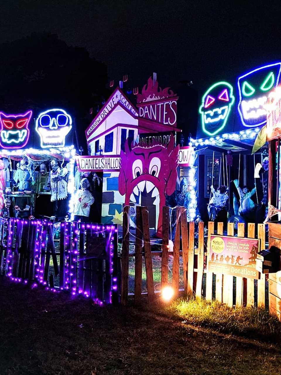 New ANIMATED HAUNTED MOVIE PROJECTOR Dancing Skeleton Halloween Prop Decoration