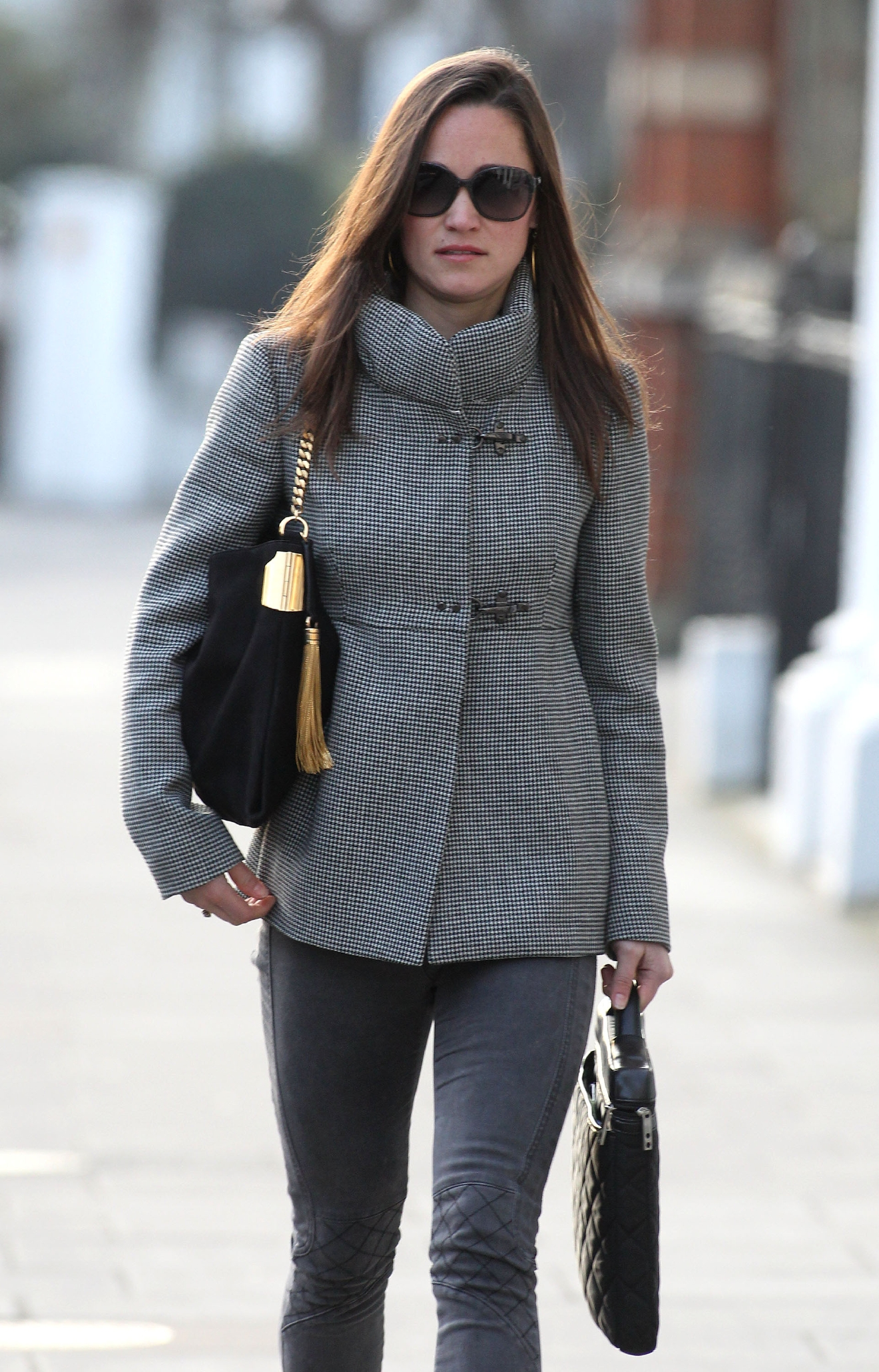 Pippa Middleton walking to work in West London London, England - 17.01.12  Featuring: Pippa Middleton Where: London, United Kingdom When: 17 Jan 2012 Credit: WENN