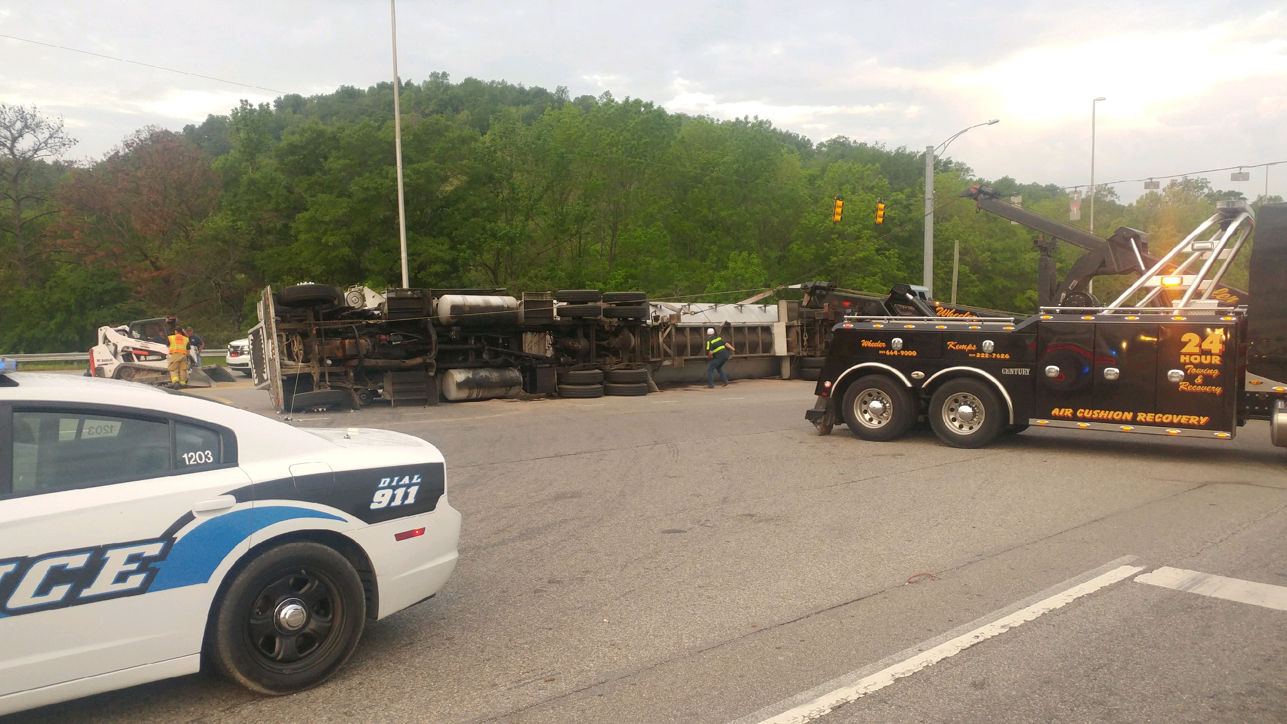 Pelham police are on the scene of an overturned 18-wheeler on Highway 52 East at the I-65 overpass. (abc3340.com | Eric Bailey)