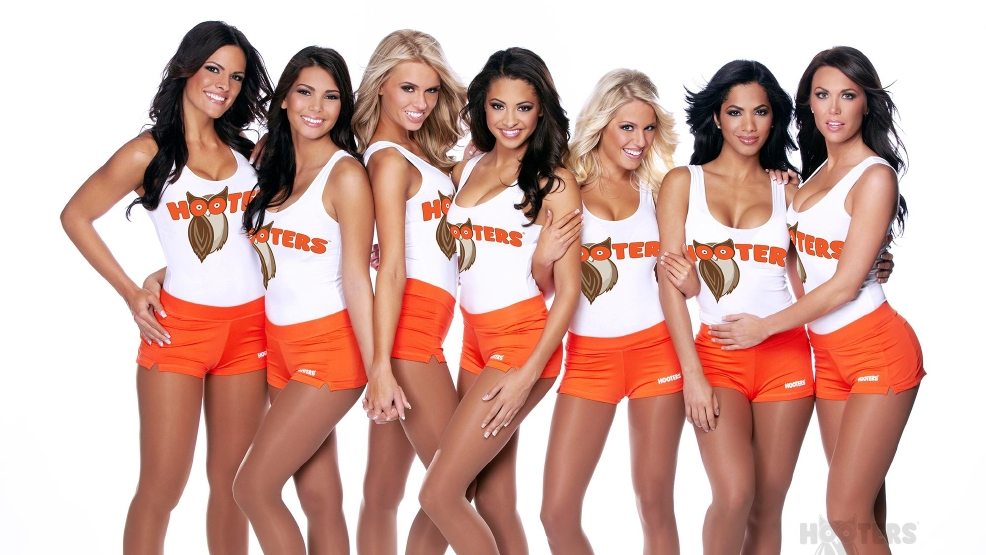 Hooters Kids Eat Free Day