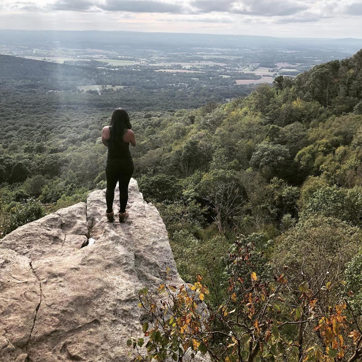 Shenandoah is a popular hiking spot and Old Rag is a challenging trail, but it's something special when the leaves change. (Image via @anishaaaa)