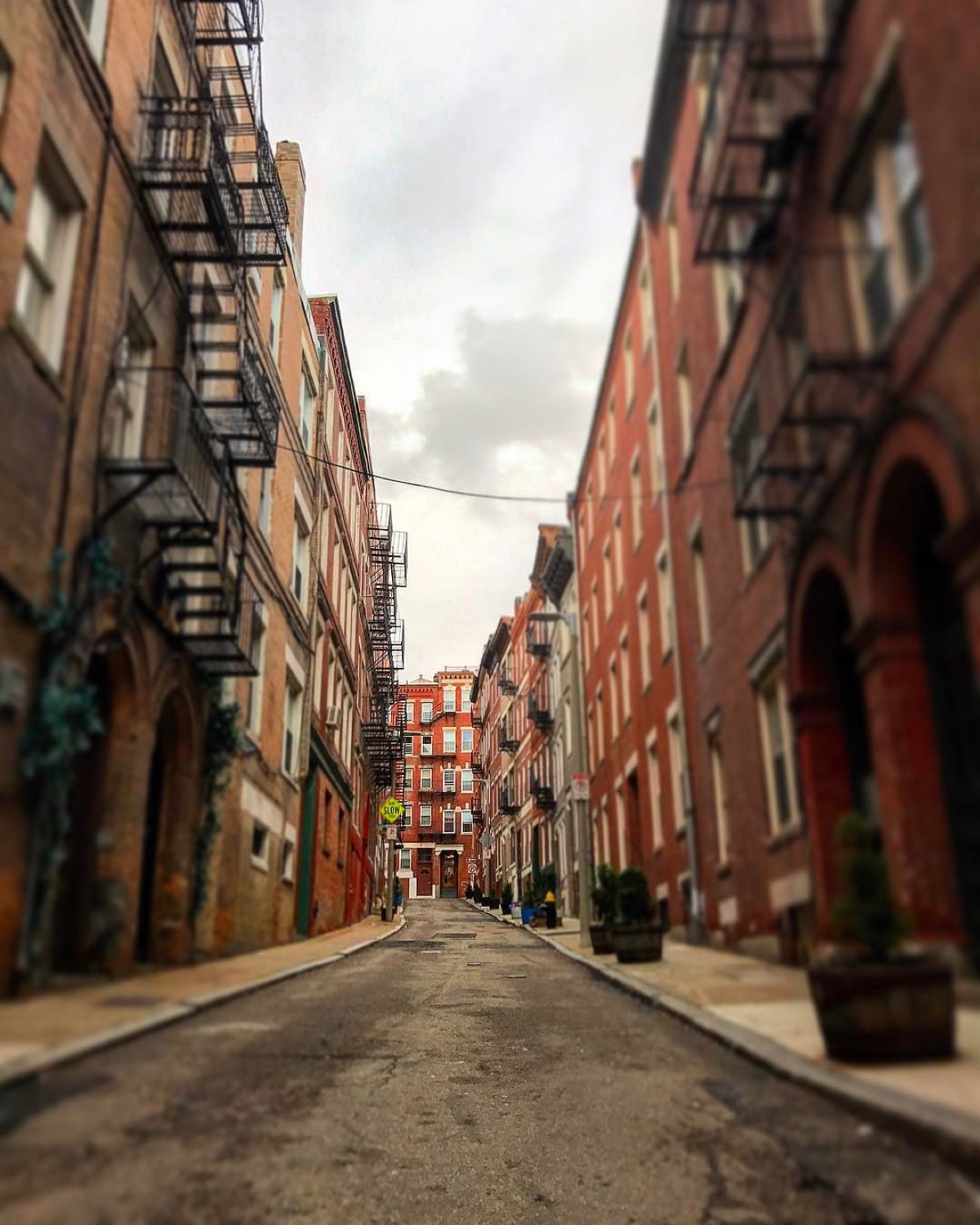 PLACE: North End, Boston / MILES FROM CINCY: 864 / ABOUT: Boston's North End neighborhood has the distinction of being the oldest place in a city full of very old places. People have continuously inhabited the area since it was settled in the 1630s. / Image courtesy of Instagram user @pixelsrule // Published: 5.14.17