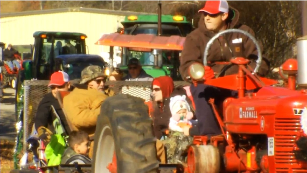 Toys For Tots 2017 North Carolina : Tractor convoy carries toys to kids in need wlos