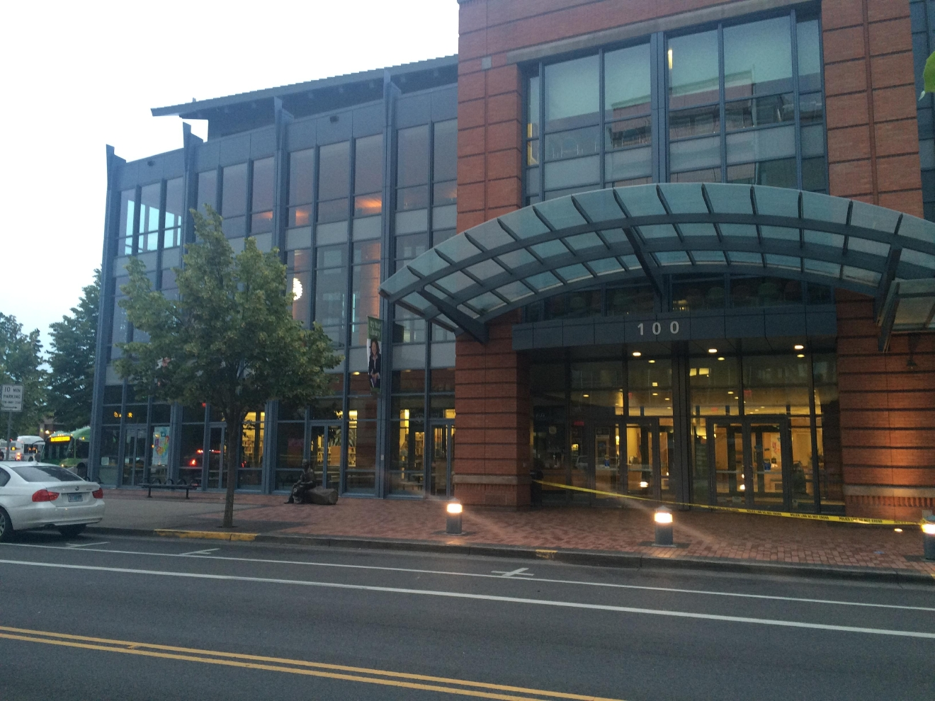 The Eugene Library downtown (SBG/File)