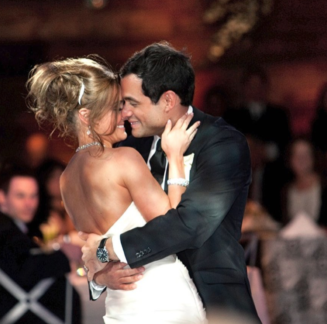 Jason and Molly Mesnick's wedding day. (Image: ABC)