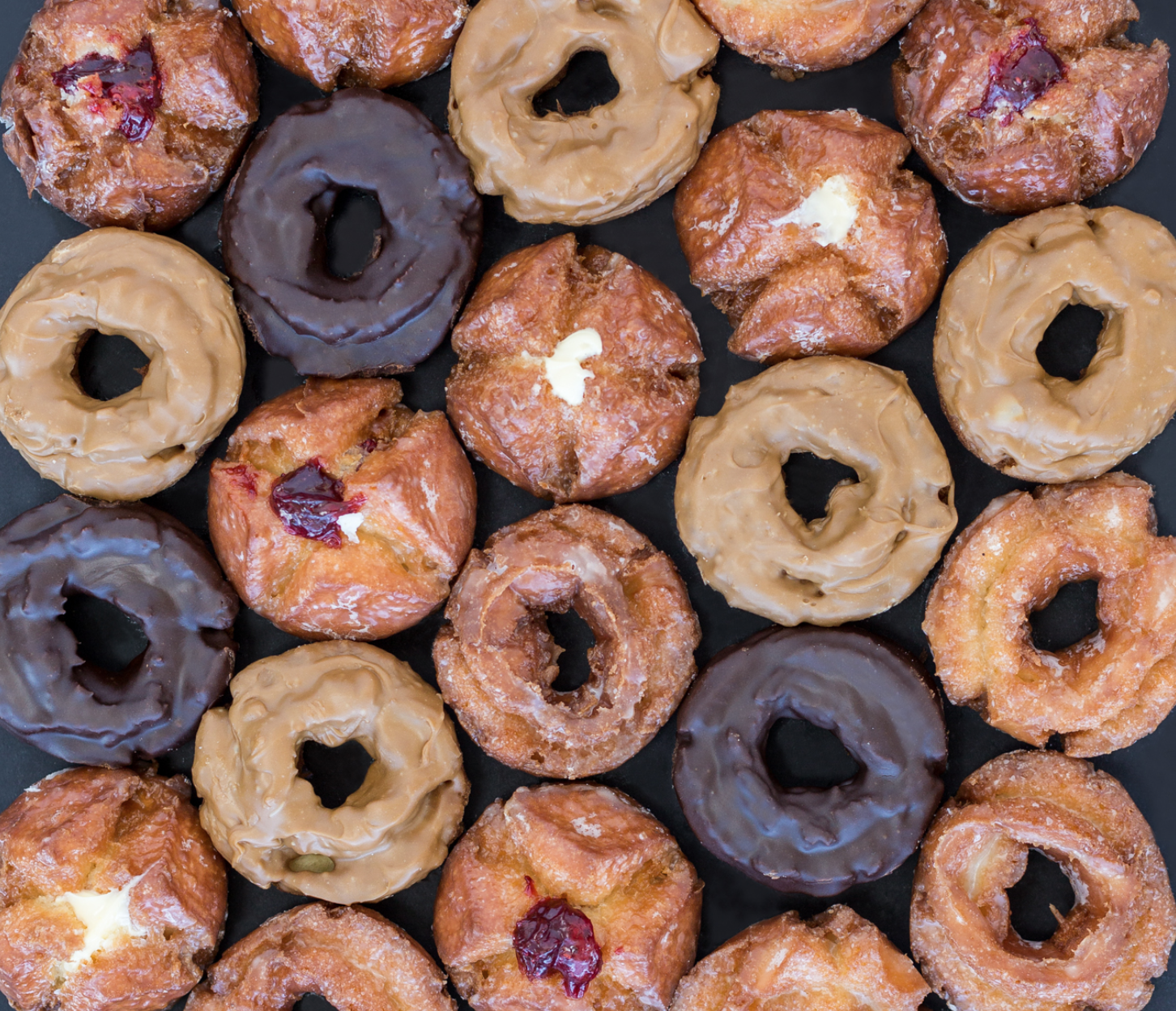 Donut Factory offers 80 different types of donuts on a daily basis. From classics like cake donuts, maple bars and fritters to fresh flavors like Fruity Pebbles and Oreo. (Courtesy: Donut Factory)<p></p>