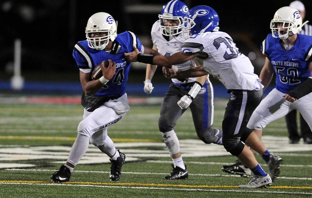 South Medford vs. Gresham in OSAA 1st Round Playoffs at Spiegelberg Stadium 11-3-17. South Medford 63, Grersham 0 - Andy Atkinson