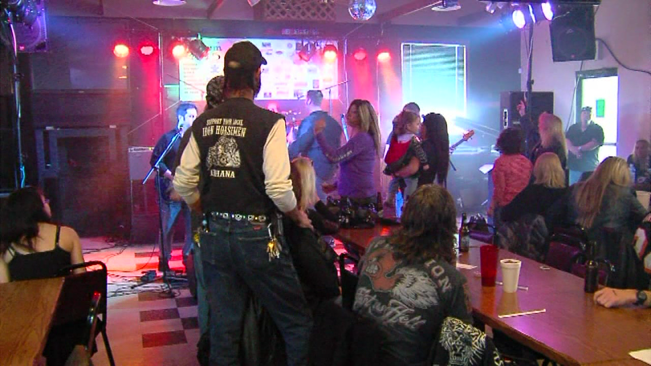 For the ninth straight year, Autism Rocks drew large crowds in the Tri-State. (WKRC)