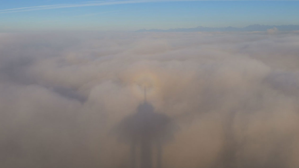 How did the Space Needle make its own rainbow on Seattle's fog layer?
