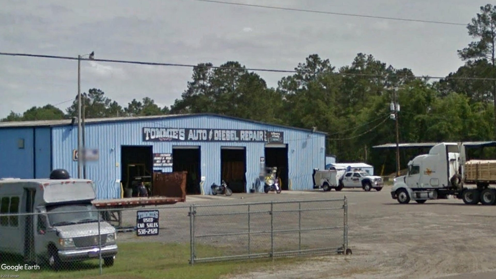 Tommie's Auto & Diesel Repair and Towing, Jefferies Highway, Walterboro (Google Earth).jpg
