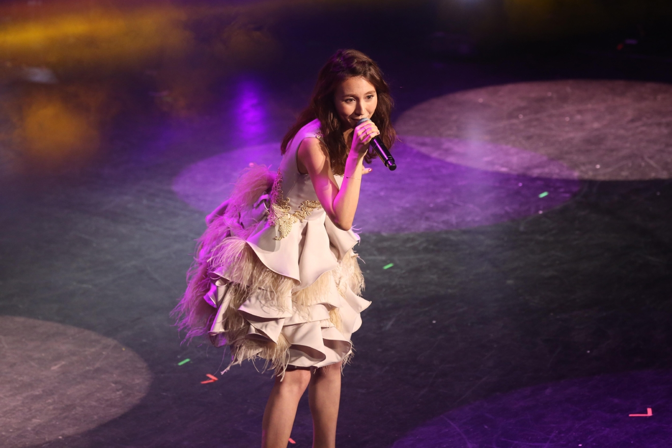J-pop star May J performed at the Howard Theater ceremony. (Amanda Andrade-Rhoades/DC Refined)