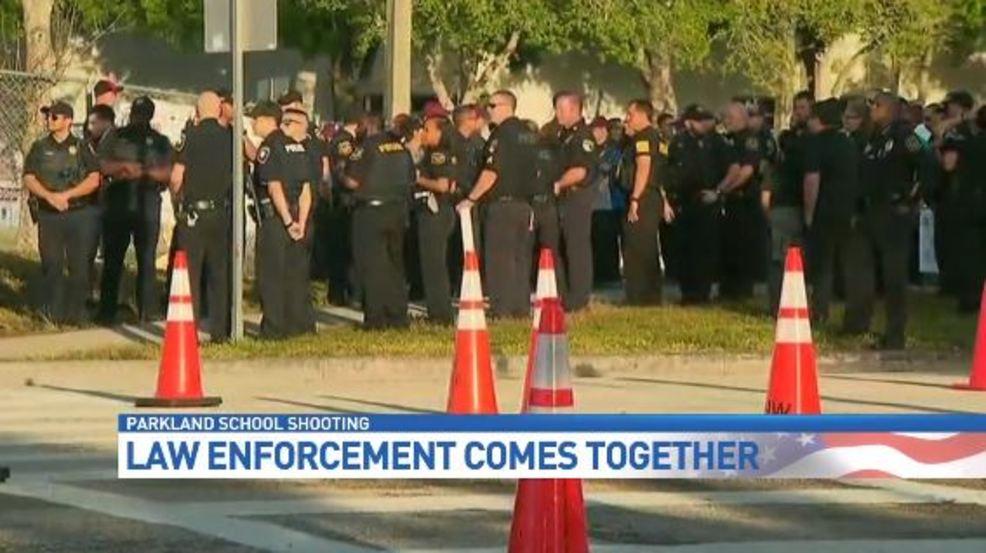 Law Enforcement Welcomes Returning Stoneman Douglas Students
