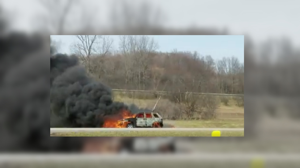 911: Vehicle fire on NYS Thruway slows traffic in Cayuga County | WSTM