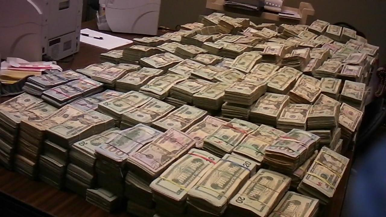 $2.4 Million of drug money found in motor home. Courtesy Lancaster County Sheriff's Department