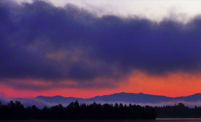 Sunrise framed in fog from Lake Tapps Photo courtesy YouNews contributor: troxa41622511086