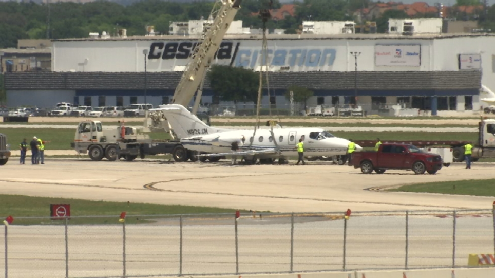 Flights Resume At Sa Intl Airport After Small Plane Fire Causes