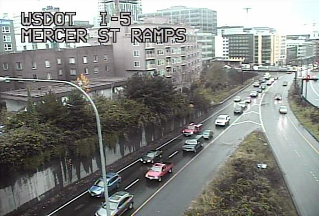 The notoriously congested on-ramps from Mercer Street to Interstate 5 in Seattle will present motorists with a new wrinkle starting next month when ramp metering begins. (Photo: WSDOT)