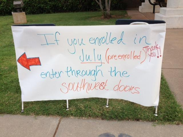 The school thanked students and parents who enrolled early by letting them go in a different entrance.